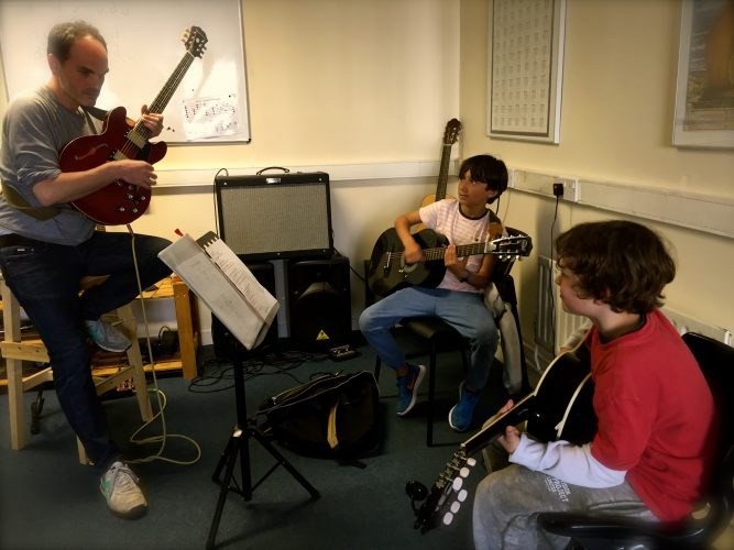 Guitar Lessons Music School Dublin